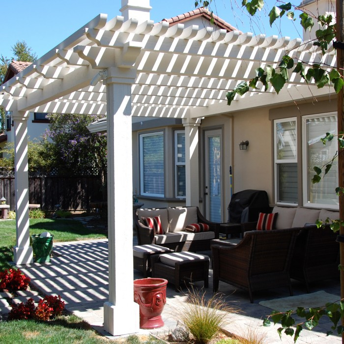 Beyond The Distinctive And Unique Beauty Of An Arbor, These Structures  Provide Some Much Needed Shade From California Summers And Bright Sunshine.